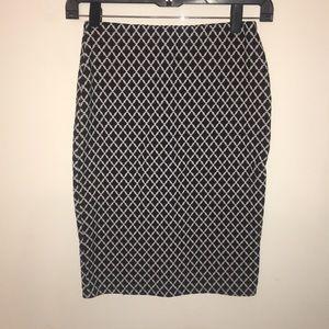 Dresses & Skirts - Knee length skirt